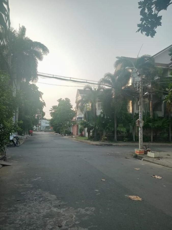 Cân bán nhà đường Bình Lợi, Quận Bình Thạnh, (DT 5x20m), Giá 10.7 Tỷ