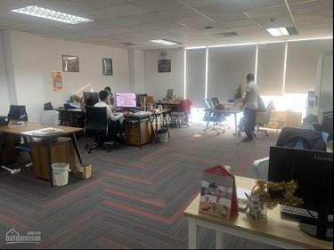 Chính chủ cần sang lại hợp đồng thuê văn phòng tại Central Garden Building, 0794303828