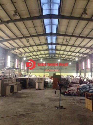 Cho thuê kho xưởng ( 1.200m2 )54 tr/tháng Huyện Bình Chánh( gần cầu Tân Tạo)