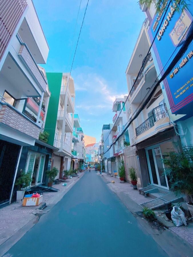 Bán lại KS Quận Bình Thạnh, 5 Tầng, Giá 13.5 Tỷ