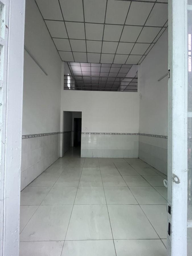 Nhà cần absn trong KDC ấp 5 vĩnh lộc B.