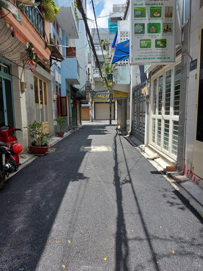 Bán nhà Lạc Long Quân, phường 8, Tân Bình chỉ 1.8 tỷ