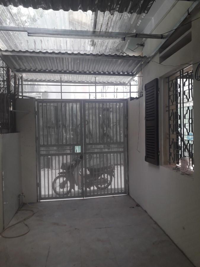 Cho thuê nhà 2 tầng C9 Mai Động ( gần trường mầm non Mai Động).