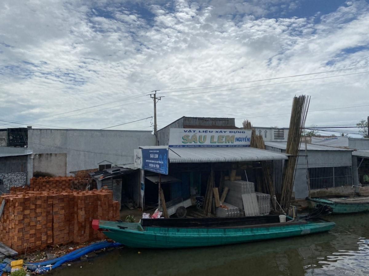 Cần Bán Đất Tặng Nhà MT QL 1A Xã Thạnh Phú, Huyện Cái Nước.