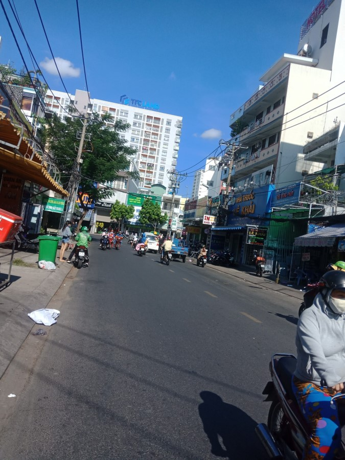 Cần cho thuê nhà Chính chủ 2MT đường Thạch Lam, Quận Tân phú