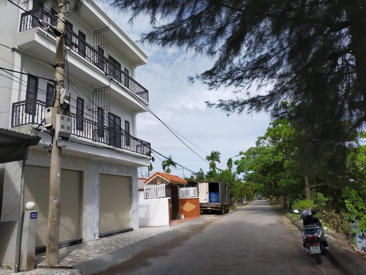 Cần bán ngay nhà mới xây 3 tầng tại địa chỉ 120 Tràng Cát - Q.Hải An - Hải Phòng , diện tích từ