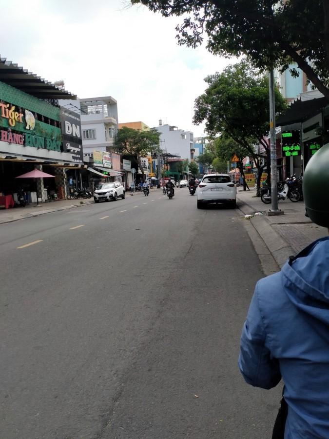 Cần cho thuê nhà MT kinh doanh đường Tân Sơn Nhì, Quận Tân Phú.