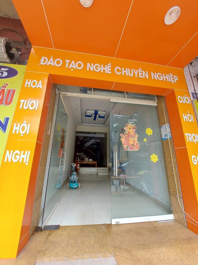 Cho thuê nhà tầng 1 số 67 Lương Ngọc Quyến, Thái Nguyên.