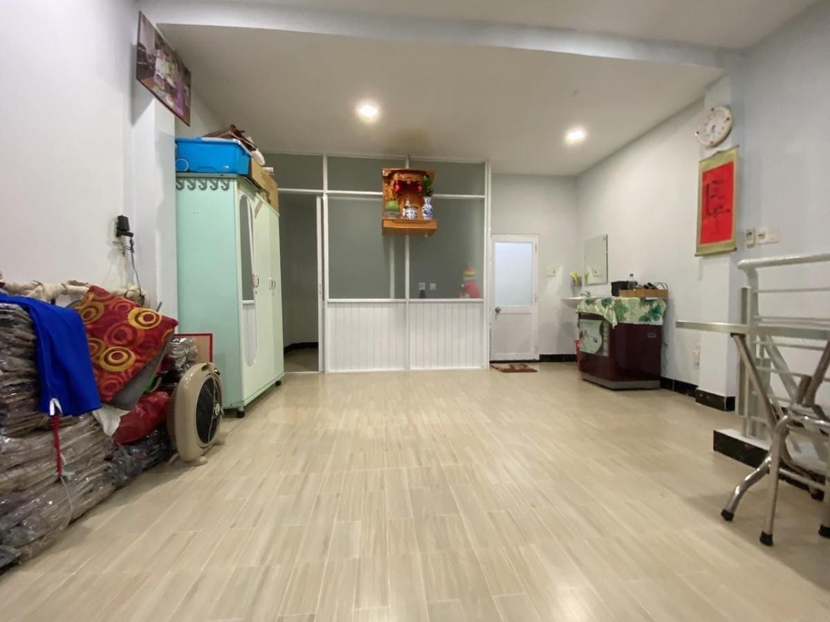 Bán nhà hẻm xe hơi 6m Huỳnh Thiện Lộc, Tân Phú, 1 căn ra mặt tiền giá 5.x tỷ
