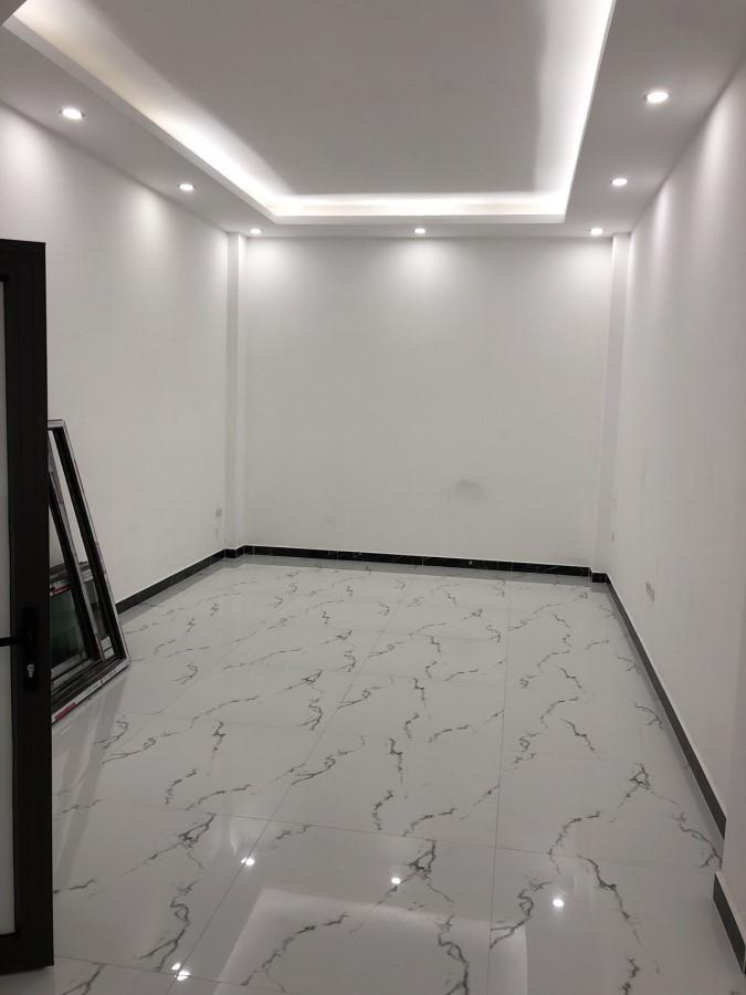 bán căn đẹp 3 tầng 55m2 + 10m2 lưu không (cũng 3 tầng) tại Hàm Nghi, Nam Từ Liêm. LH: 0977069264