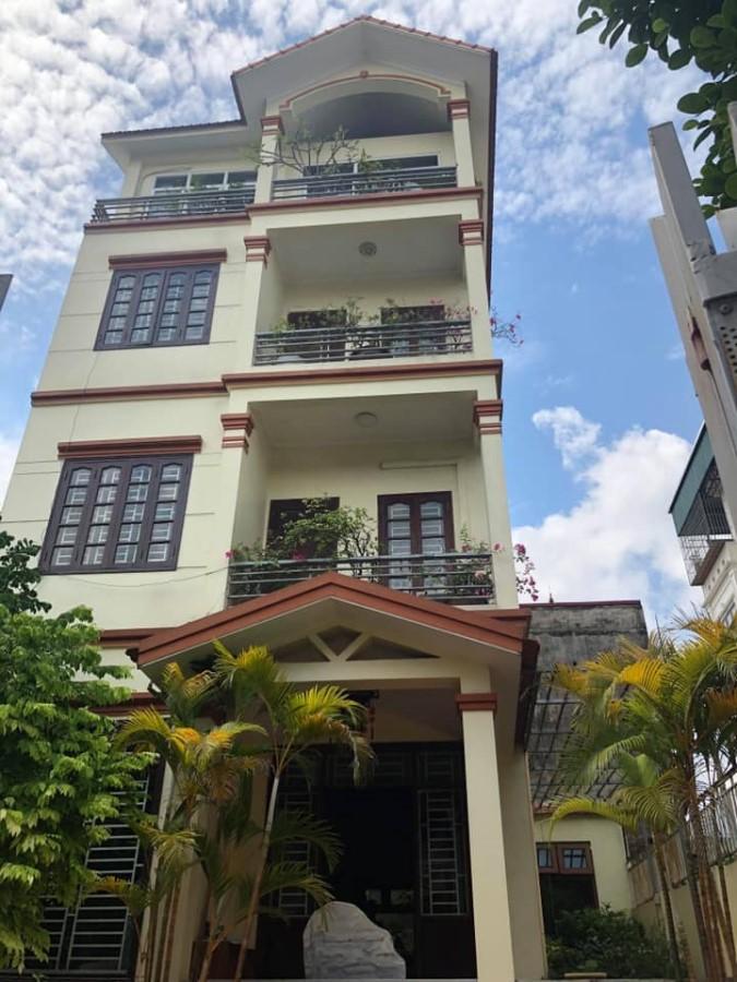 Bán nhà Tham Am - Khu phân lô tái định cư Thượng Thanh - Dt rộng 72m giá rẻ 3.6 tỷ