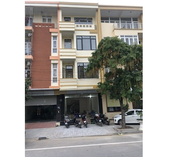 Chính chủ cho thuê MBKD mặt đường Lạc Long Quân, P.Đông Vệ, TPThanh Hóa, 20tr; 0836944666