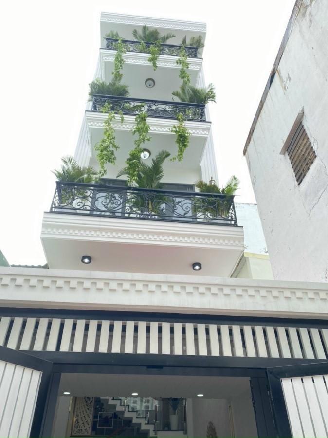 Nhỉnh 8 tỷ có nhà HXH Bạch Đằng, 5 tầng, 52m2, sát sân bay Tân Sơn Nhất.