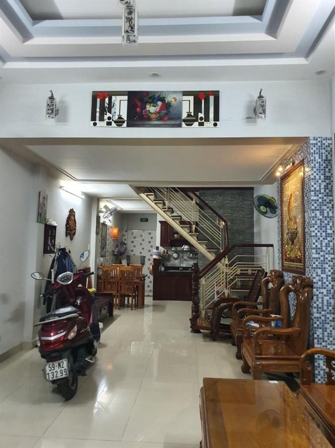 Bán nhà Lũy Bán Bích Tân Phú, HXH tránh, 3 tầng, 55m2, giá chỉ 5,63 tỷ