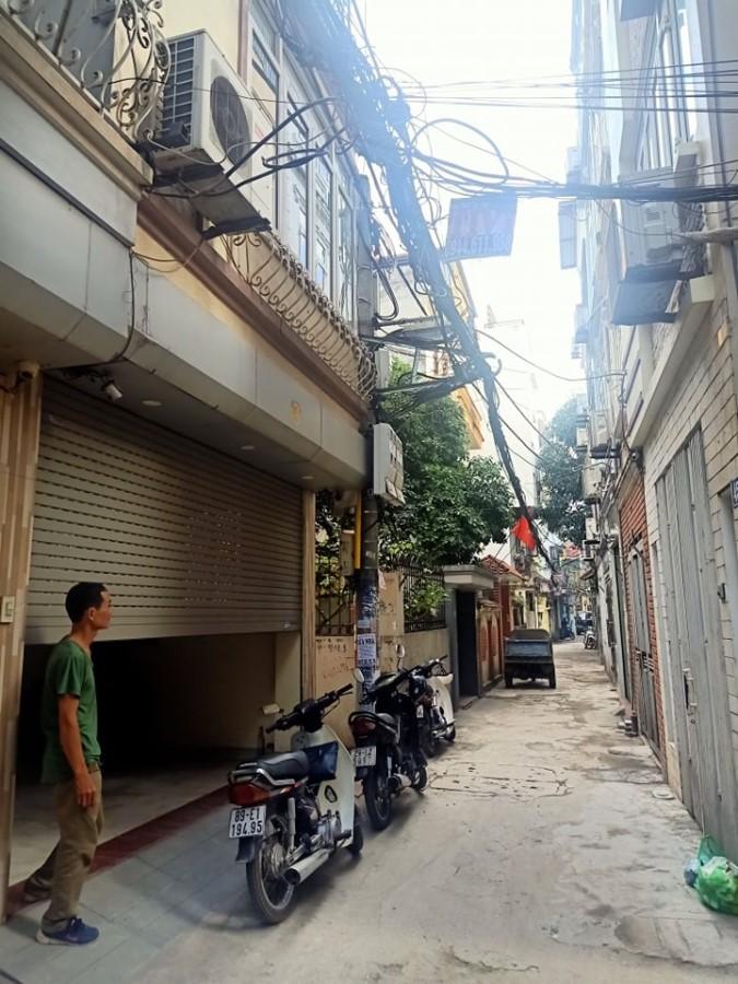 Bán gấp nhà phố Lâm Du, Phường Bồ Đề, Quận Long Biên, Hà Nội.