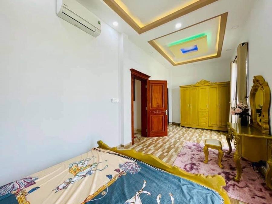 Covid Hạ Sâu 800tr Nhà Đẹp 6.5x15, HXH 3 Tháng 2 Q10, thấp hơn Bank định giá