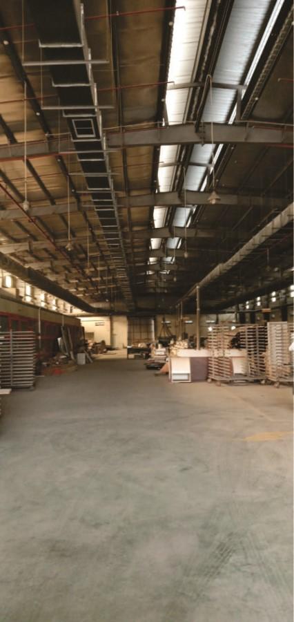 Bán xưởng Long Biên 2000m đã chuyển đổi mục đích sử dụng LH:0919657125