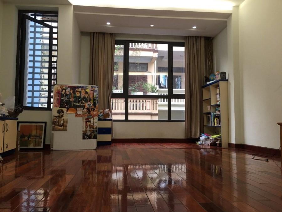 Chủ cần bán nhà, Ái Mộ, Long Biên,  128m2, MT6,9m, 6T Thang máy, KD, hơn 14ty, 0975299567.