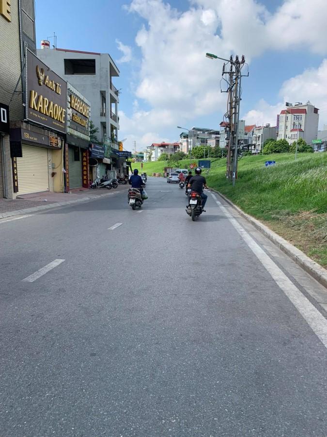 Cần bán mảnh đất Phường Ngọc Thụy, Long Biên, Hà Nội, kd, ô tô tránh.