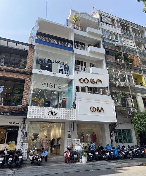 Mặt tiền Nguyễn Trãi Quận 1, 3 tầng BTCT, Hiêu suất cho thuê 3000-4000$/tháng