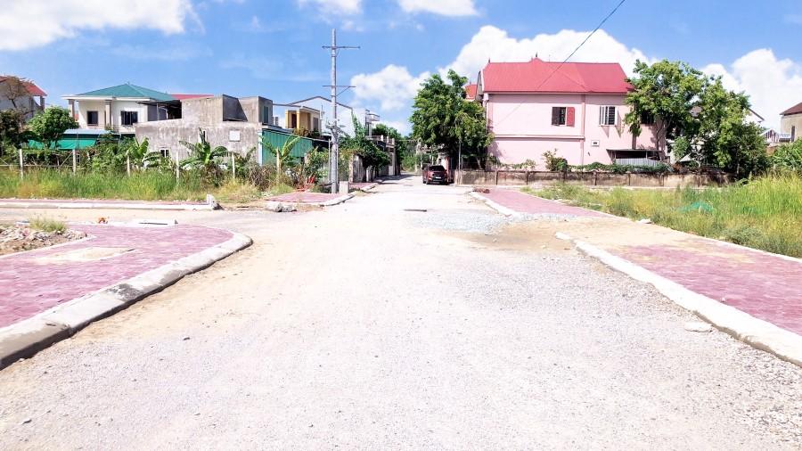 Ra hàng lô đất đẹp khu đấu giá khối Trung Nghĩa, phường Đông Vĩnh- tp Vinh.
