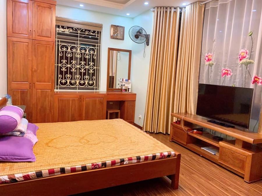 Bán nhà mặt đường kinh doanh phố Trần Phú, Hà Đông, 80m2, 4 tầng, MT4.5m