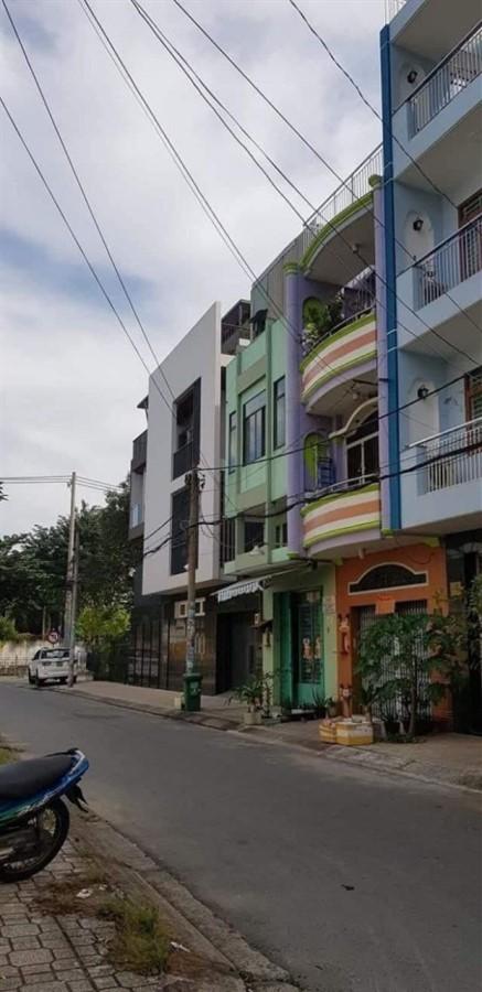 Bán nhà mặt tiền Lê Sao, Tân Phú, DT 51m2, giá chỉ 5.8 tỷ