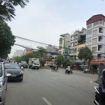 Bán nhà phố Nguyễn Trãi 97m2, vỉa hè ôtô tránh, kinh doanh, nhỉnh 13 tỷ. LH 0986289716.