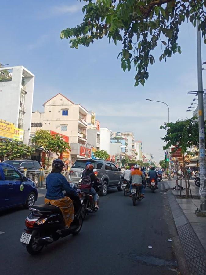 Cần Cho thuê nhà 3 Tầng 2MT kinh Doanh Đ Lũy Bán Bích, Q Tân Phú (458m2)
