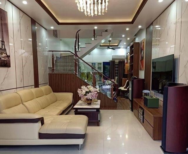 Bán nhà ngõ 211 Khương Trung, Thanh Xuân, 4 tầng, nhỉnh 3 tỷ
