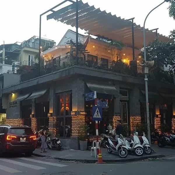 Cho thuê nhà 3 Mt kinh Doanh đường Nguyễn Thái Bình khu Vip Quận Tân Bình ( 360m2).